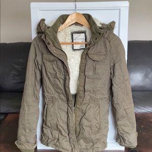 Aeropostale Army Green Winter Jacket hood Size xs